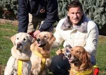 Roma: il cane di Totti salva due persone in mare