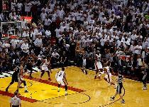 Nba, Finals: miracolo di Parker, 1-0 Spurs sugli Heat