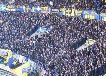 Verona: tifosi urlano scimmia ai giocatori del Milan. Video