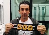 Juventus, eterno Buffon: col Genoa fa 500 in bianconero