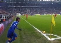 Juventus-Sampdoria: da annullare il gol di Evra. Video