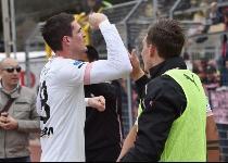 Serie B: Palermo sbanca Trapani, Lafferty decide il derby