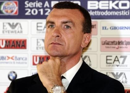 Simone Pianigiani è il nuovo allenatore dell'Olimpia Milano. Ha firmato un triennale
