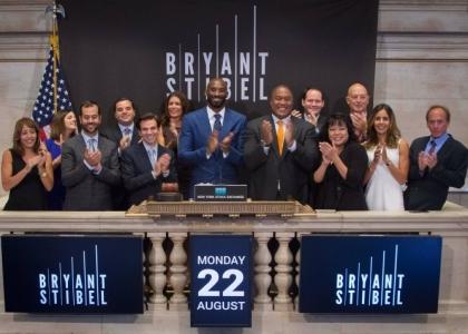 Dal basket alla finanza, Kobe Bryant lancia fondo da 100 milioni