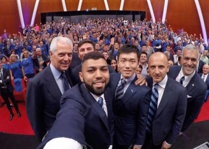 Inter, Gabigol si presenta al popolo nerazzurro: entusiasmo alle stelle!