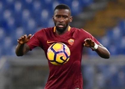 Chelsea, assalto alla Roma: 83 milioni per Nainggolan e Rudiger