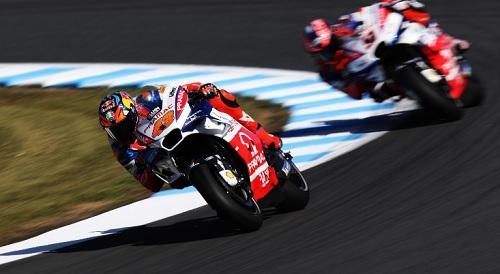 Moto Gp, Mugello: Petrucci assurdo. L'italiano batte in bagarre Marquez e Dovizioso