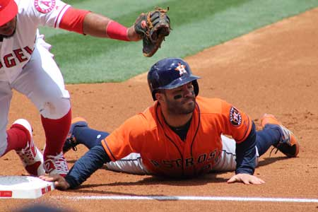 MLB, World Series. Gli Astros chiudono gara 7 per 5-1. Prima vittoria in MLB