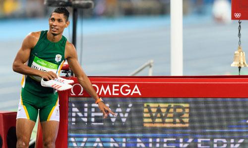Atletica, grave infortunio per Van Niekerk: stop di almeno sei mesi
