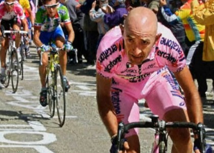 Ciclismo, Giro d'Italia 1999: Pantani fermato dalla camorra?