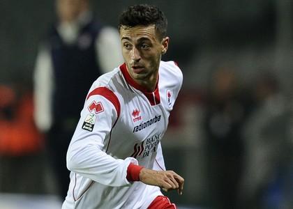 Serie B: il Bari travolge il Gubbio e si salva