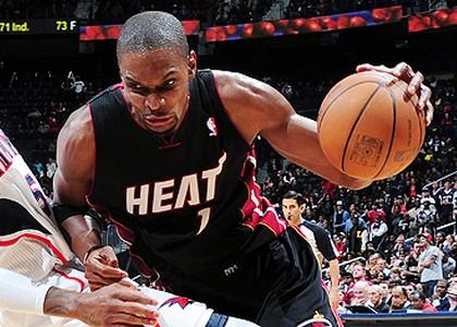 Nba: gli Heat tagliano Bosh e ritireranno la maglia numero 1