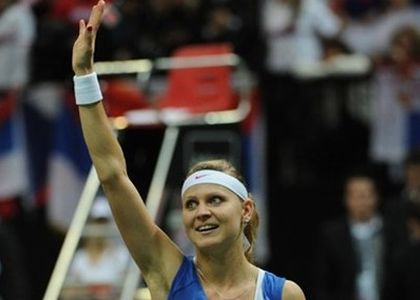 Wta Finals: Muguruza non sbaglia, Safarova al tappeto
