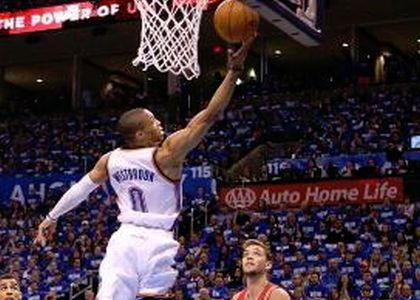 Nba: Westbrook è già storico, i Thunder se lo godono