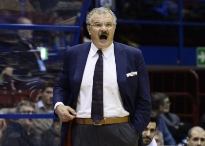 Basket, Serie A: sprint Sassari, Avellino ko