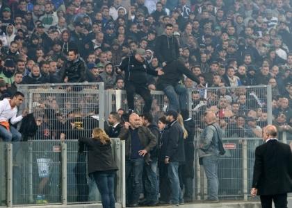 Spari sulla Tim Cup: quattro tifosi feriti, uno in pericolo di vita
