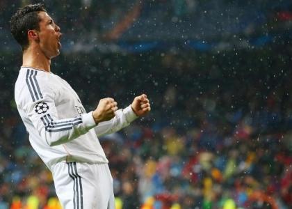 Liga: Elche affondato, Real Madrid a +4 sul Barcellona