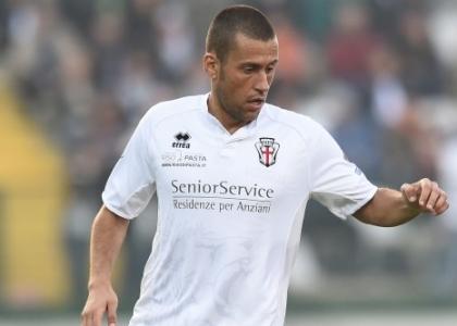 Serie B, Pro Vercelli-Livorno 1-0: basta un autogol di Maicon