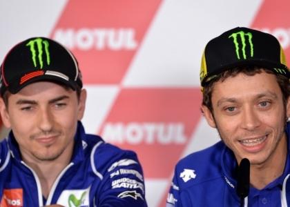 MotoGP, la Yamaha isola Rossi e Lorenzo