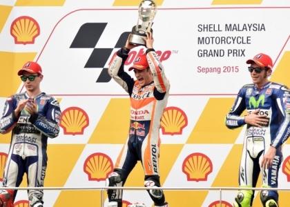 MotoGP, Malesia: Rossi terzo dietro a Lorenzo