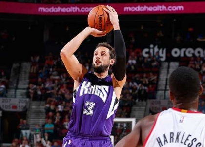 Nba, preseason: orgoglio Lakers, Belinelli c'è