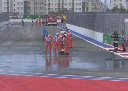 F1, GP Russia: gasolio in pista, prime libere rovinate