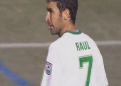 Nasl: trionfo Cosmos, Raul si ritira con un altro trofeo
