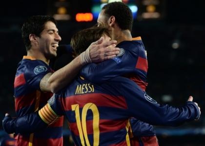 Liga: Barcellona da record, ma l'Atletico non molla