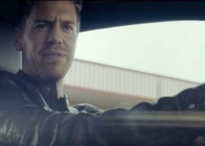 F1, ecco un giro in macchina con Vettel. Video