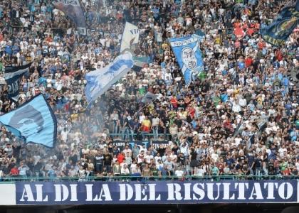 Notte di follia: scontri tra tifosi del Napoli e del Legia Varsavia