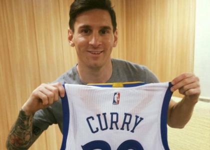 Nba, Curry: maglia firmata per Messi
