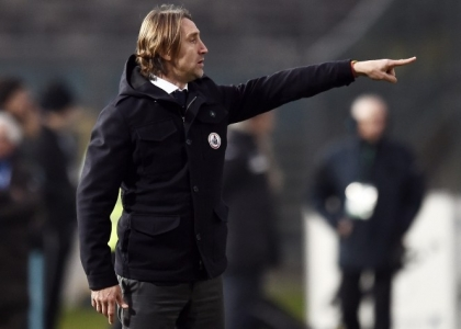 Serie B, Modena-Bari 2-1: Crespo salva la panchina