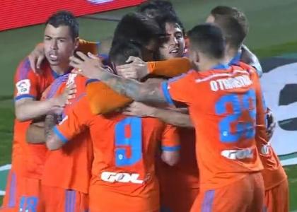 Liga: Valencia sul velluto, 4-0 all'Elche