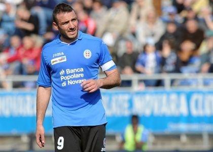 Serie B, Novara-Crotone 4-1: piemontesi stellari