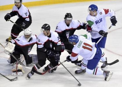 Hockey su ghiaccio: l'Italia perde due volte ma è salva
