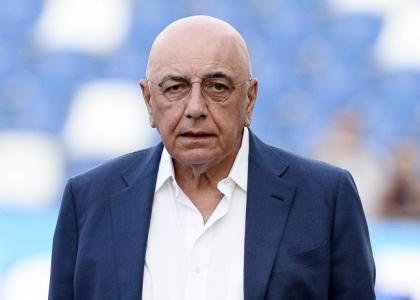 Milan, l'aereo non c'è: Galliani s'infuria con la Lega