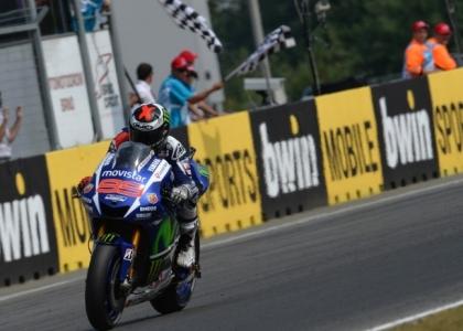 MotoGP, Aragona: dominio Lorenzo, Rossi limita i danni