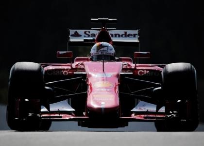 F1, GP Singapore: trionfo Vettel, Raikkonen terzo
