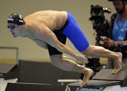 Nuoto, Europei vasca corta: Orsi show, staffetta d'oro