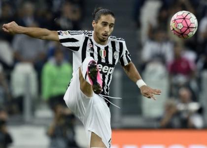 Juventus: Caceres messo fuori rosa