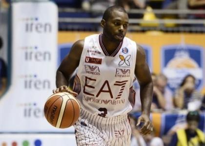 Basket, Serie A: colpo a Cremona, Milano resta in vetta