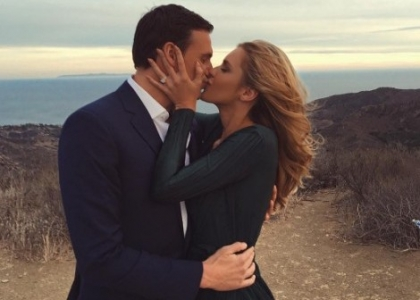 Nuoto: Lochte si consola con Kayla Reid, ex playmate