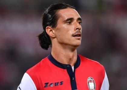 Serie A: Cagliari-Crotone 2-1, gol e highlights. Video