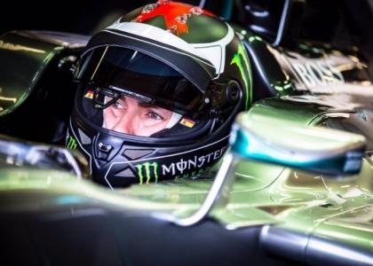 MotoGP, Lorenzo si dà alla F1: in pista con la Mercedes