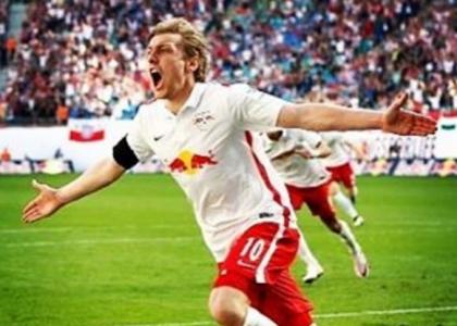 Bundesliga: il Lipsia non si ferma più, poker Dortmund