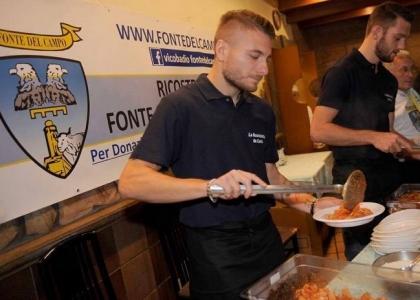Lazio, aiuto ai terremotati: calciatori in versione camerieri
