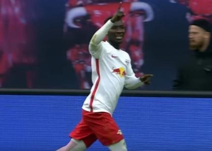 Bundesliga: il Lipsia mette le ali, Friburgo steso
