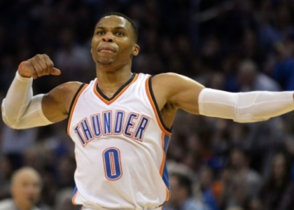 Nba: mostro Westbrook, riscatto Hornets