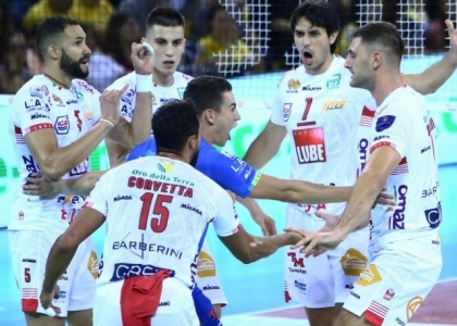 Volley, SuperLega: Civitanova vince facile, harakiri Trento