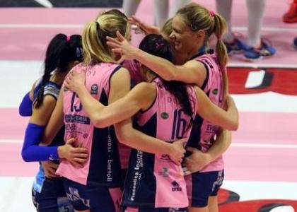 Volley, A1 femminile: la Pomì espugna Novara e balza in testa
